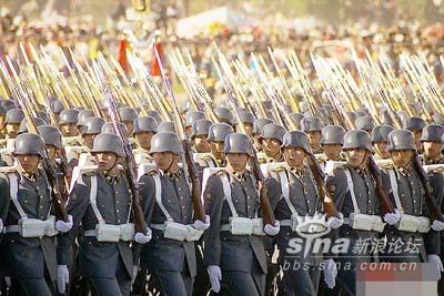 震惊 智利军服酷似二战德军 日军军服图片