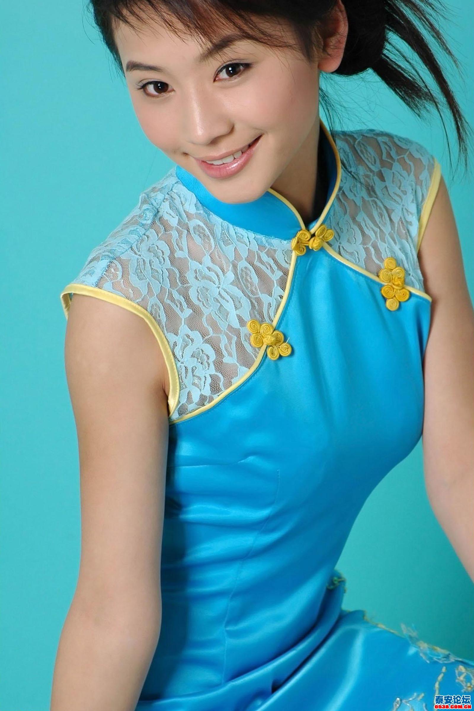 时尚旗袍9; [ 旗袍美女 ]可爱的中国旗袍小妹妹; 可爱的中国旗袍小