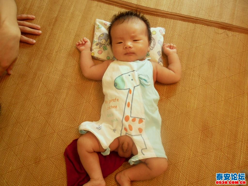 满月宝宝 超可爱