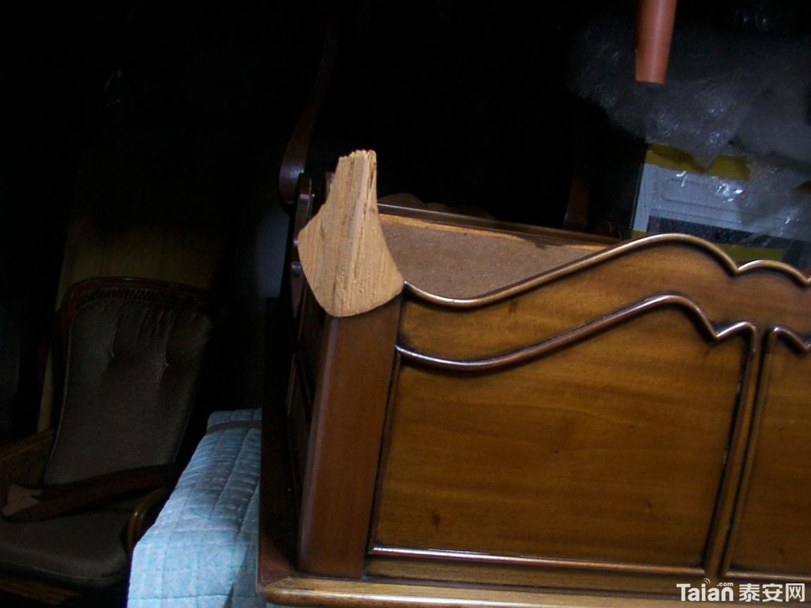 红木{实木}家具.地板 木门 楼梯专业油漆修补翻新