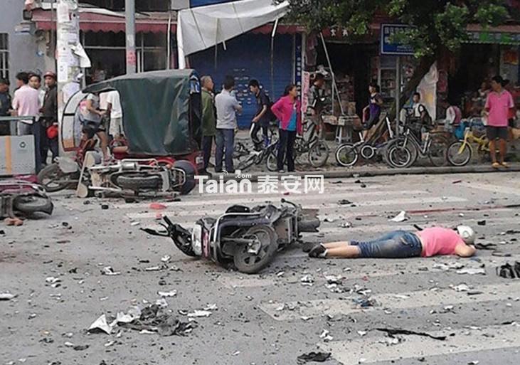 广西桂林市八里街爆炸事故现场!