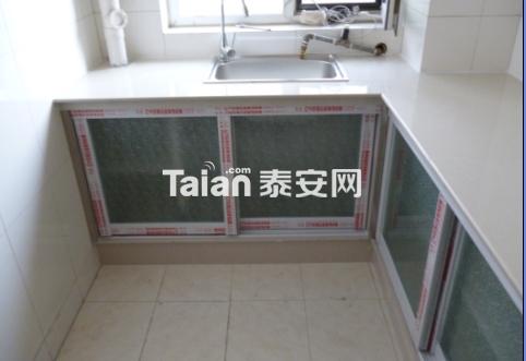 瓷砖橱柜----全瓷砖制作的图片