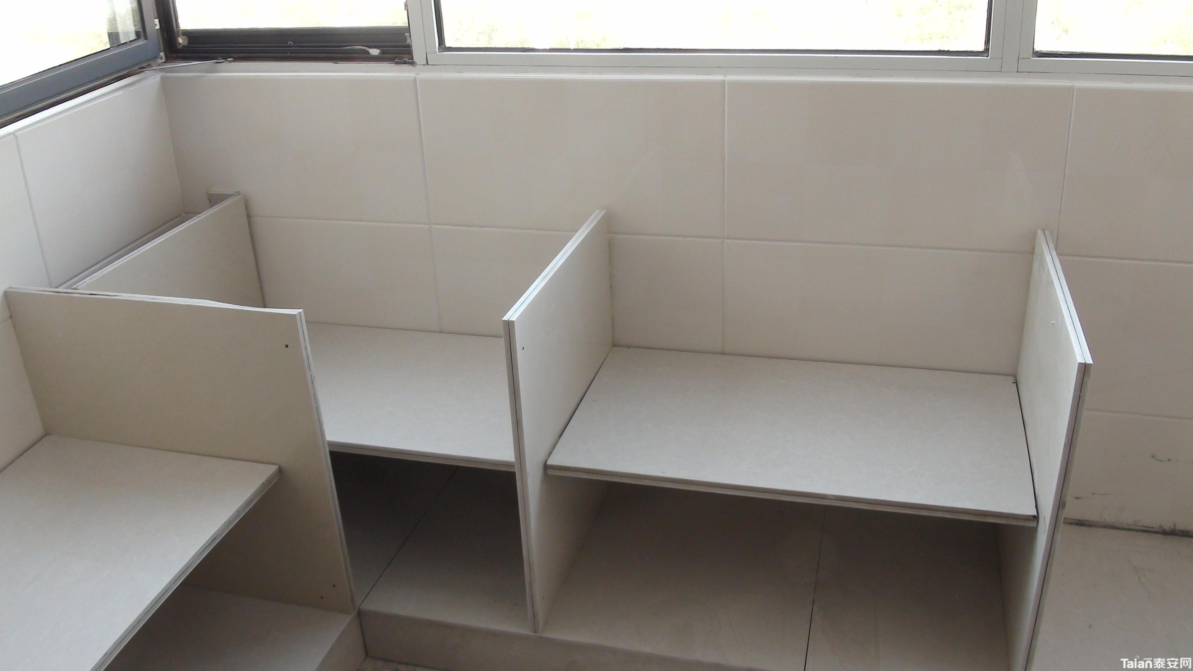 有做瓷砖橱柜的吗?