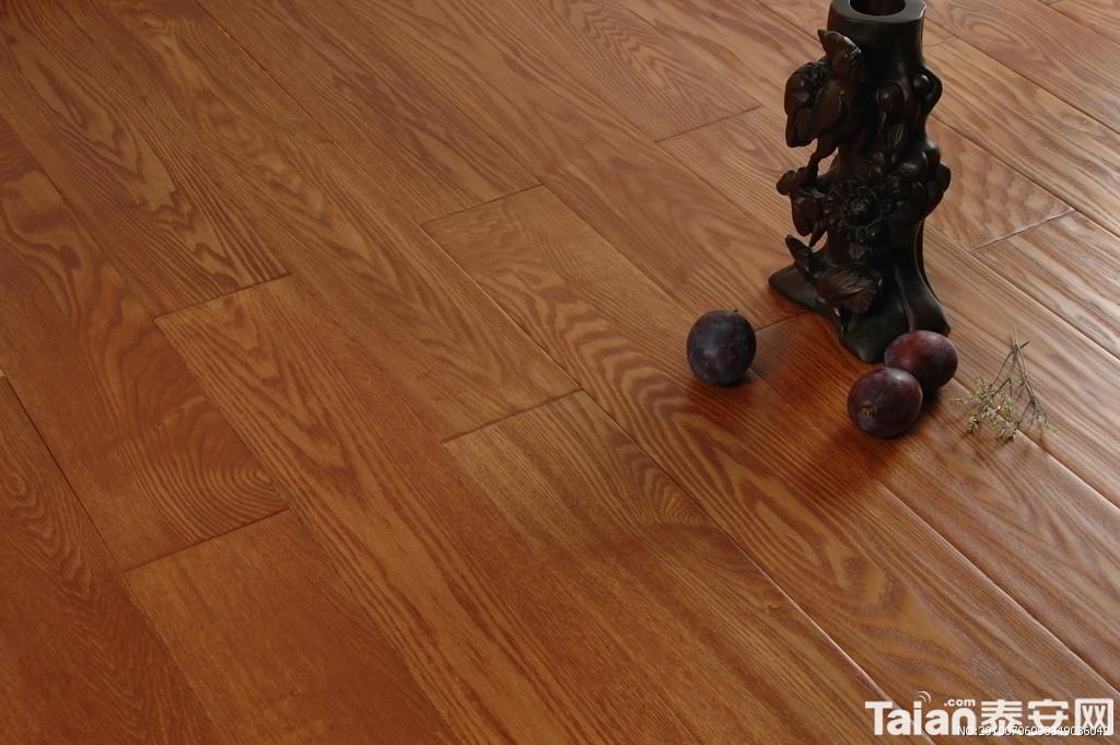 实木地板塑料龙骨安装优缺点分析