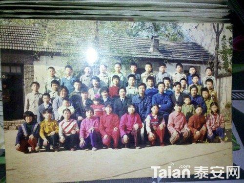 喃的农村毕业照小学小学厕所图片