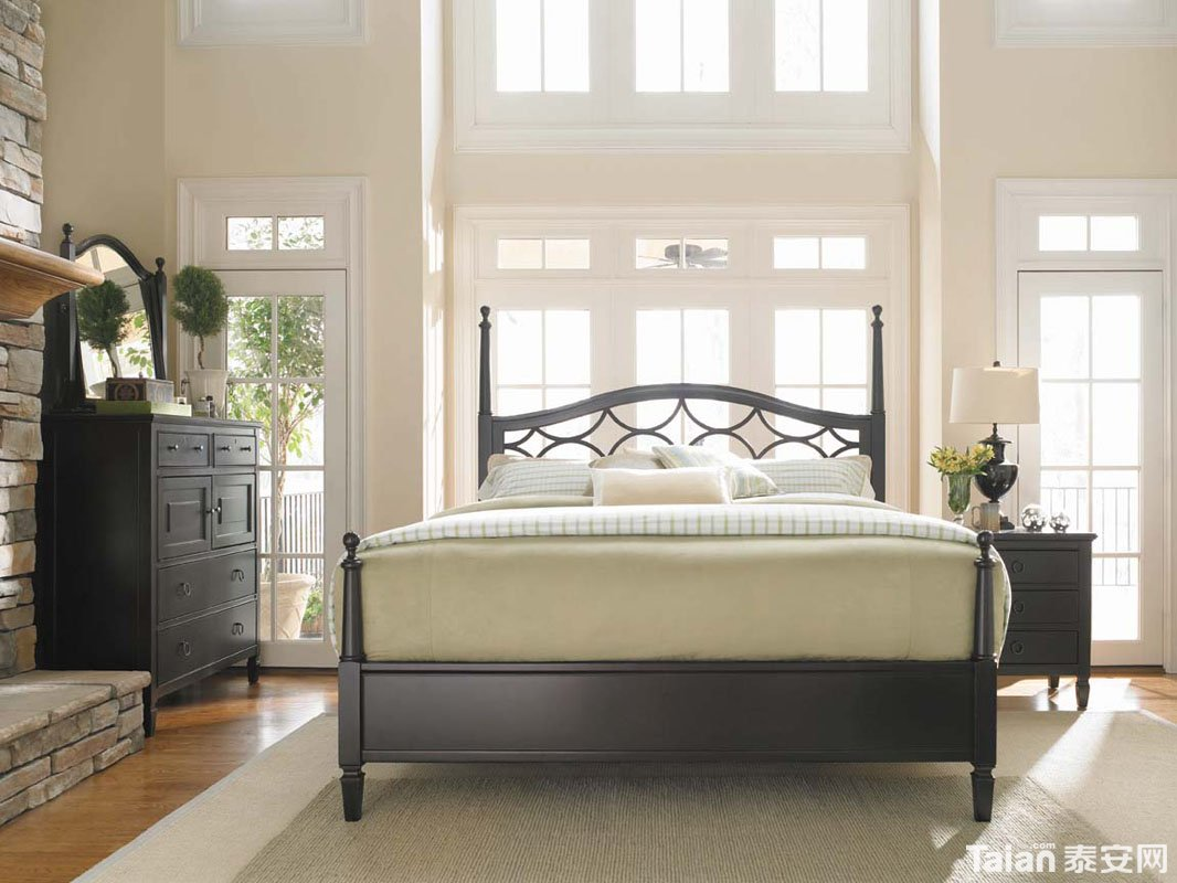 主卧室床 (2).jpg