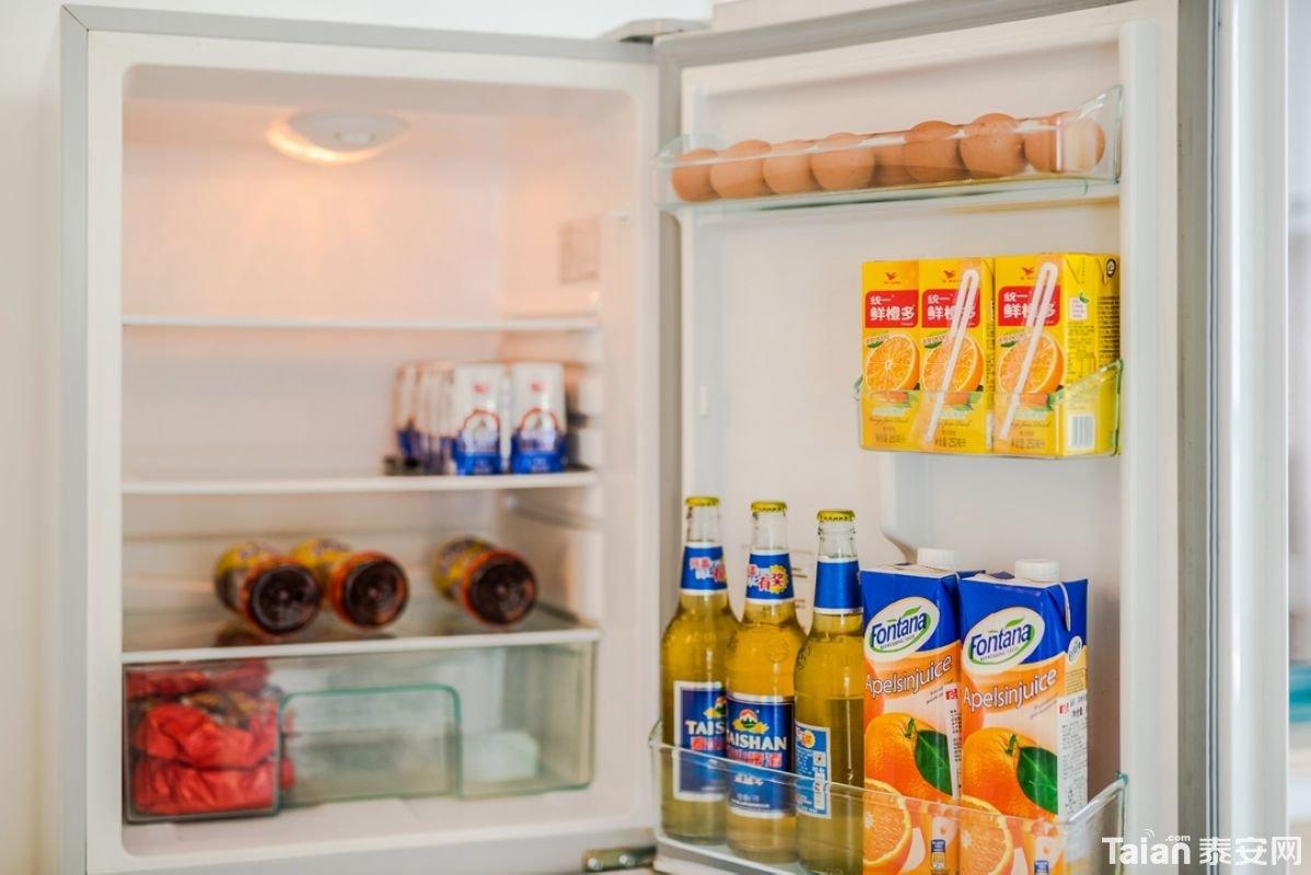28冰箱.jpg