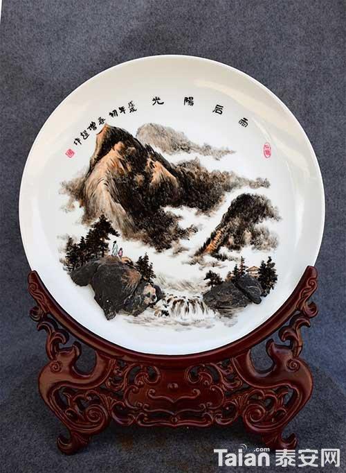 杨增超石画艺术682 副本.jpg