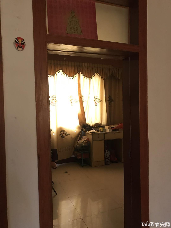 老鸣春 三楼 三室两厅 精装  88没有公摊 (2).jpg
