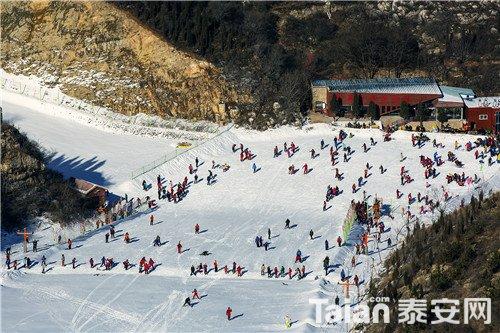 金象山滑雪 (1).jpg