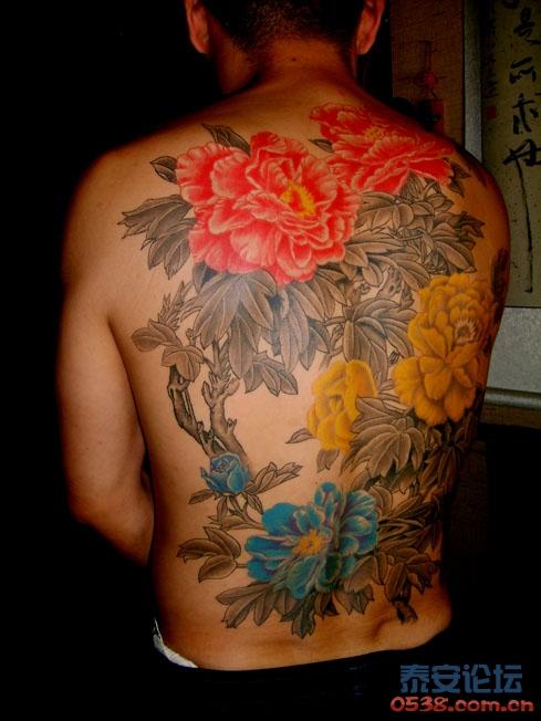 男人纹花也性感~~最近关于牡丹满背的纹身创作