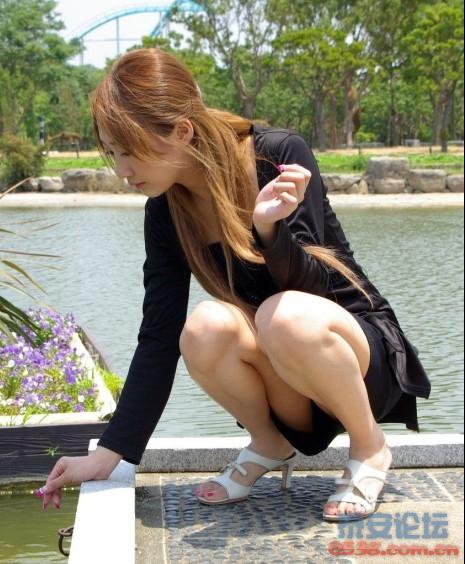 内衣少妇_福利日本大奶妹露紫色内衣寂寞少妇春情诱惑